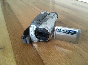Panasonic 3CCD 700x MiniDV Camcorder with 2.3MP Recording & Leica Lens for Sale in Portland, OR