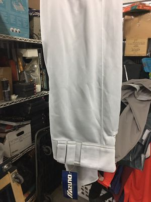 New mizuno baseball pants medium for Sale in Chicago, IL