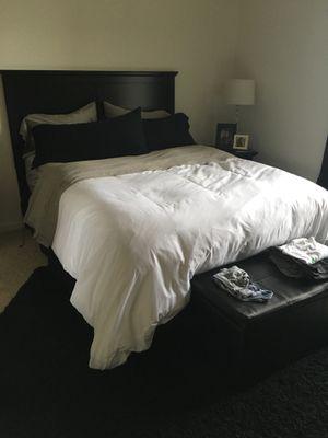 Queen mattress set MUST GO!!! for Sale in Alexandria, VA