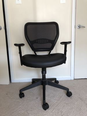 SPACE Ergonomic managers chair for Sale in Washington, DC