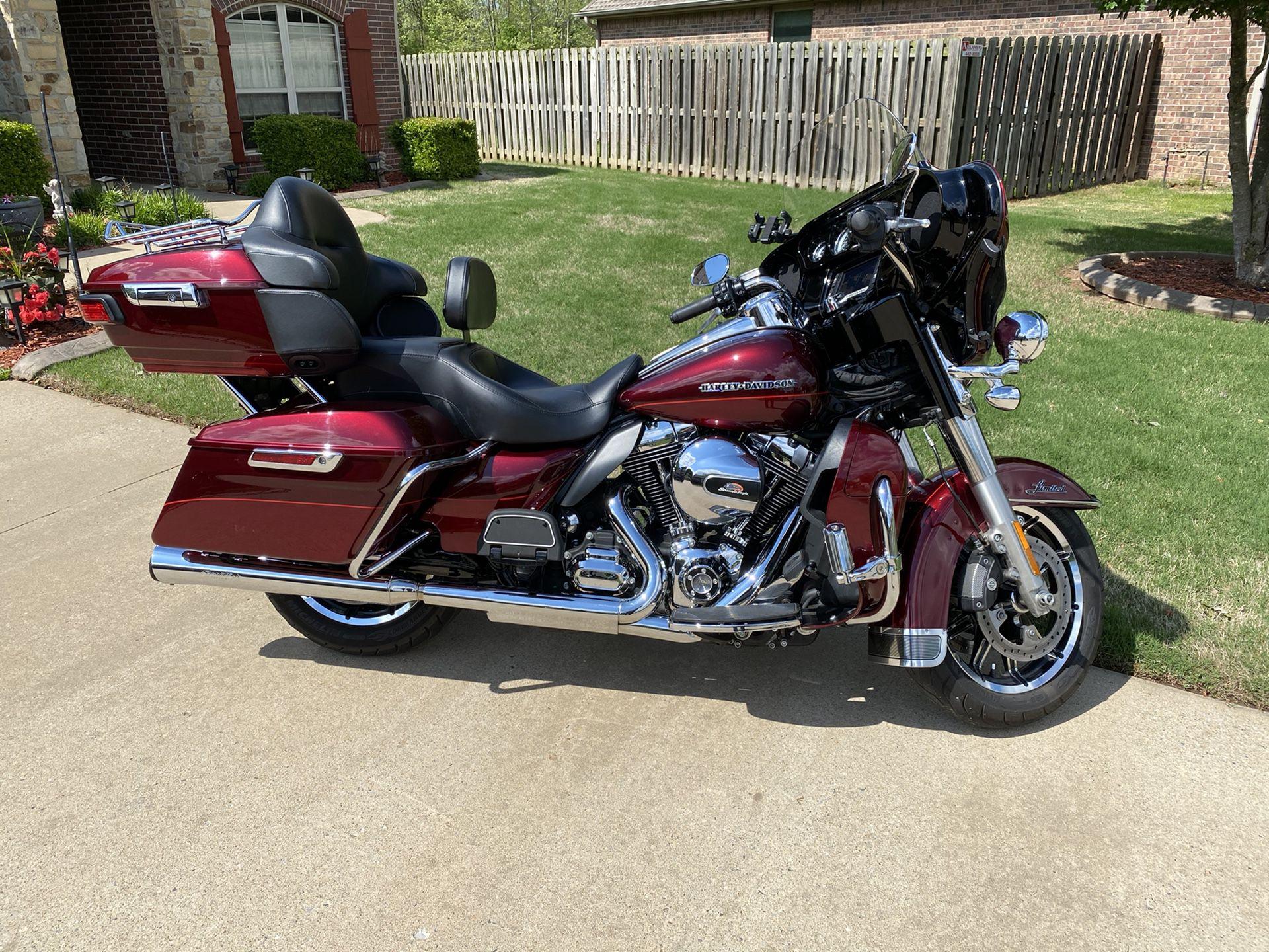 Photo 2016 Harley Davidson Electra Glide Ultra Limited
