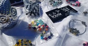 Th3 Youth- 100% Handmade Bath bombs, Bracelets , Apparel for Sale in Celebration, FL