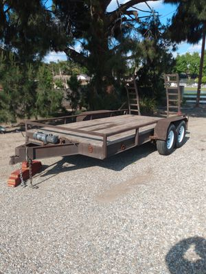 Photo Car trailer with winch