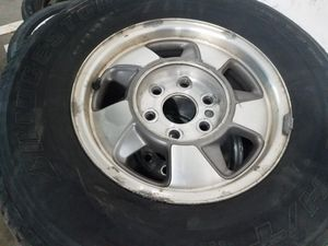 CHEVROLET , GMC , CADILLAC 6 LUG RIMS WITH TIRES for Sale in Laurel, MD