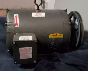 Baldor electric motor and phase converter Thumbnail