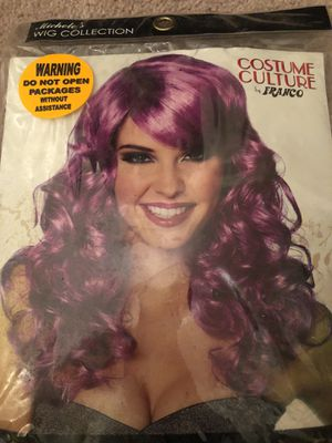 Lolita purple curly wig never used for Sale in Orlando, FL