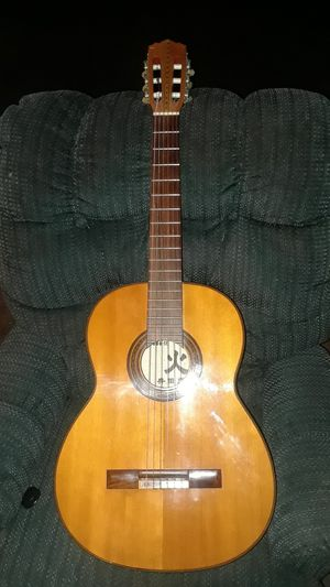 1961 Terada 800 classical guitar made in Japan, excellent condition. for Sale in Puyallup, WA