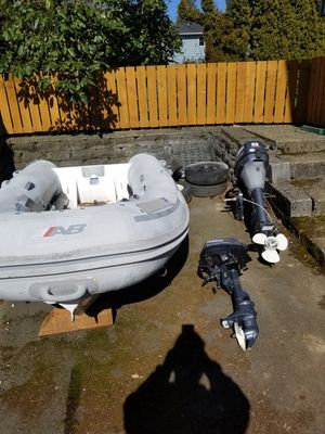 Photo AB inflatable dingy Rib aluminum bottom w/ 2 yamaha outboards