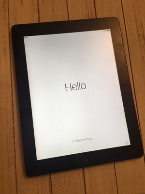 """iPad 2 16 GB 9.7"""" WiFi W/ Charger like new condition unlocked ready to use 89$ EACH firm price !! for Sale in Arlington, VA"""
