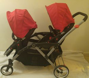 Double stroller countour DL for Sale in Falls Church, VA