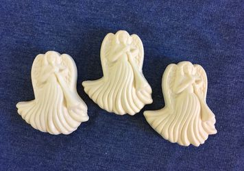 Avon Set of 3 Angel Decretive Soaps Thumbnail
