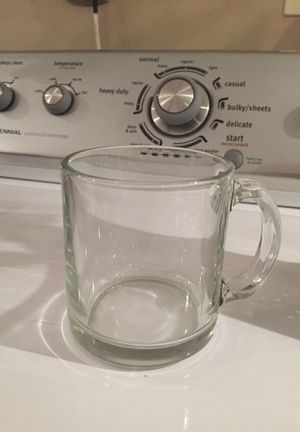 Kitchen items...8 glassware, 6 coffee mugs, pans and knick knacks for Sale in Woodbridge, VA
