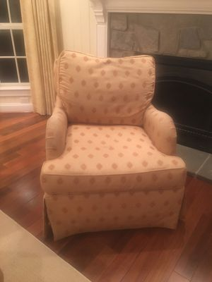 Highland house club chair. Needs to be reupholstered for Sale in Sykesville, MD