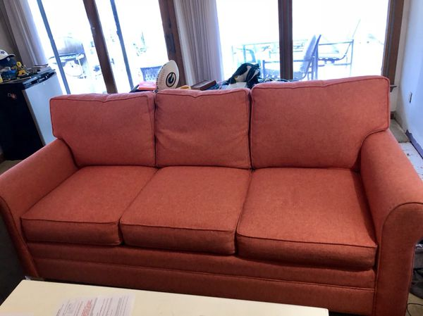 7 Foot C Couch Purchase From Sound Furniture Great Condition For In Cape Carteret Nc Offerup