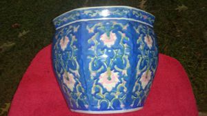 Beautiful Decorative Vase! for Sale in Raleigh, NC