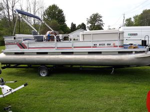 New And Used Pontoon Boat For Sale In Erie Pa Offerup