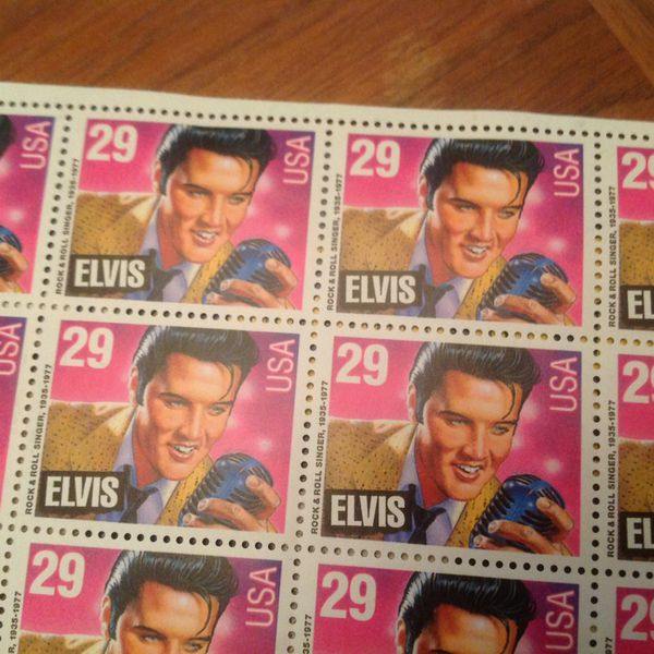 ELVIS PRESLEY 29 CENT SEALED COMMEMORATIVE EDITION SHEET 40 STAMP MNH Open In The AppContinue To Mobile Website