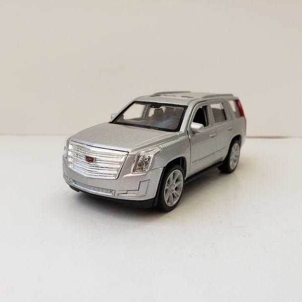 NEW 2017 Silver Cadillac Escalade Luxury SUV Car Toy