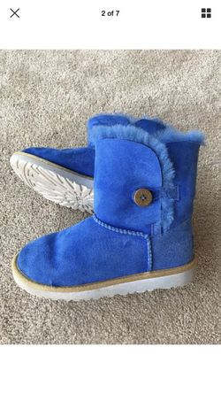 Ugg Australia Girls Boots - Size 4 Thumbnail