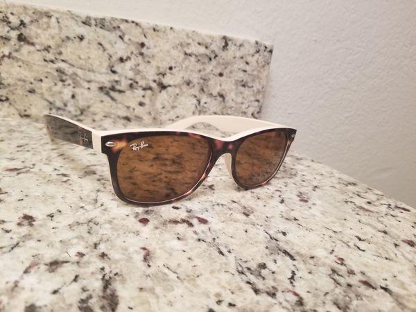 570863d15f3f Ray-Ban Wayfarer Havana Sunglasses for Sale in Tampa, FL - OfferUp