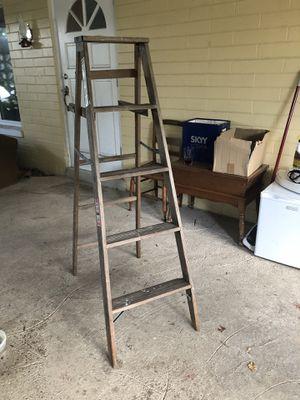 Werner Wooden Ladder Size 5ft Model W335 for Sale in Maitland, FL
