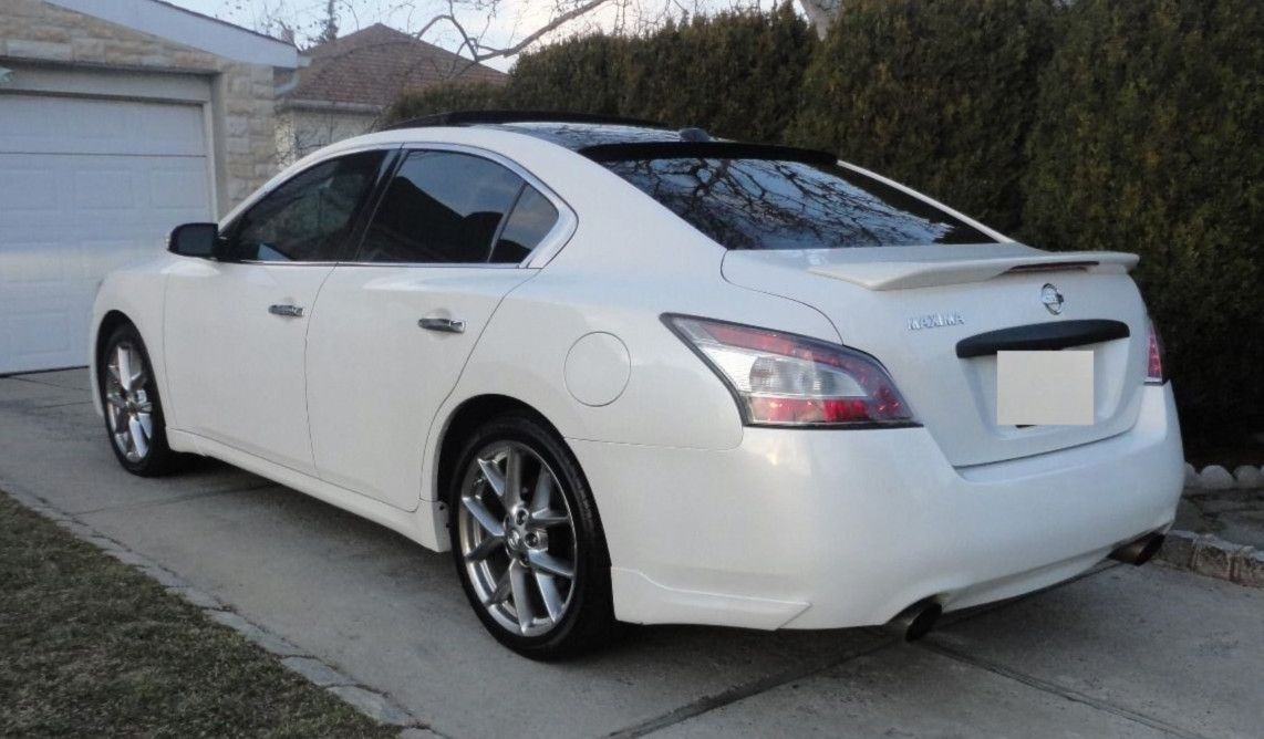 White Strong Nissan Maxima 2010 ✳️