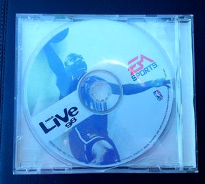 NBA LIVE 98 (PC, 1997) WINDOWS 95 for Sale in San Diego, CA