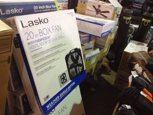 Lesco 20 inch box fan with Thermo stat black for Sale in Phoenix, AZ
