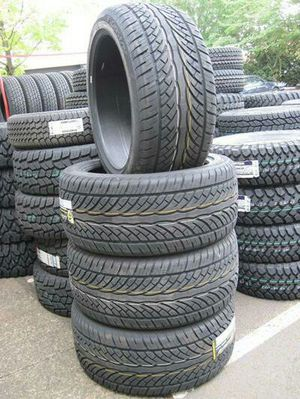 305 40 22 tires 26 inch tires for Sale in Baltimore, MD