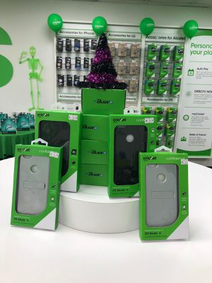 Free phones 4 unlimited lines / 4 lineas ilimitadas for Sale in Kissimmee, FL