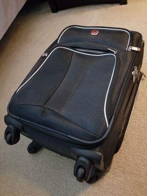 SWISS GEAR carryon rollaway suitcase for Sale in Manassas, VA