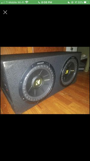 Photo Two 10 KICKER Comp S subwoofers with box and AMP