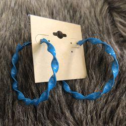 Vintage painted twisted hoop earrings Thumbnail