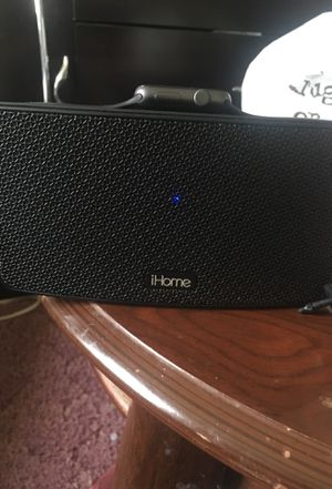 Ihome Apple Watch bundle 250 charger included for Sale in Cary, NC