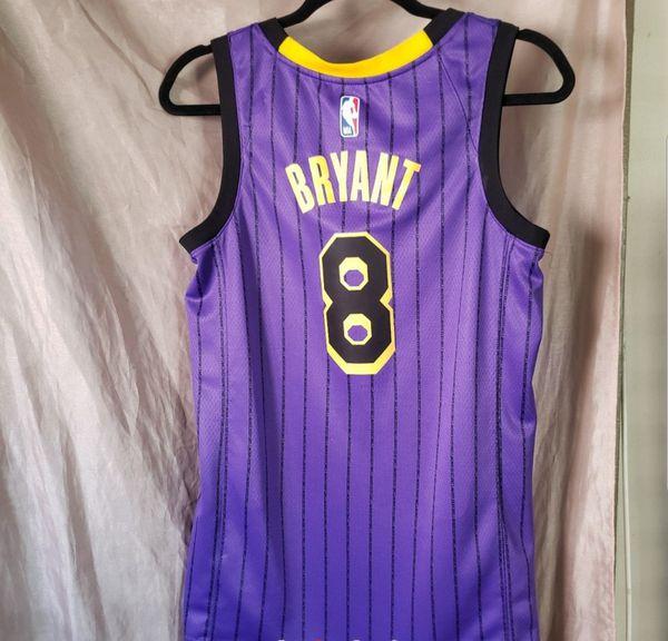 hot sale online f70ac 44630 2019 Lakers Purple Swingman Jersey Kobe Bryant #8 for Sale in Los Angeles,  CA - OfferUp