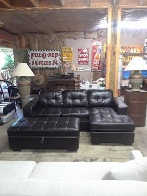 New Leather Sofa Chaise And Storage Ottoman For In Snohomish Wa