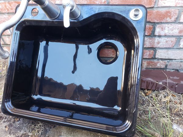 Cast Iron Black Sink for Sale in Oakland, CA - OfferUp