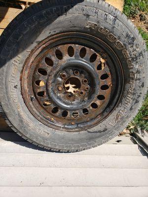 Photo Chevrolet truck spare/tire,245/65x17