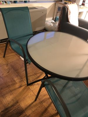 Patio chairs and table in GREAT CONDITION for Sale in Washington, DC