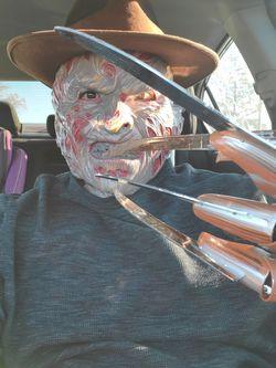 Freddy mask Thumbnail