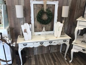 Shabby chic console table for Sale in Richmond, VA