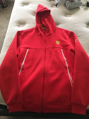 Ferrari Puma Warmth Hoodie Size L for Sale in Fort Washington, MD