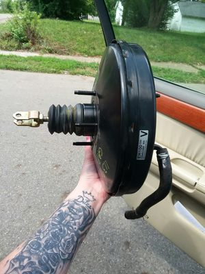 Brake booster for infinity for Sale in Columbus, OH