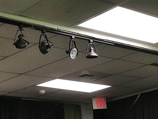 Stage Track Lighting 6 Lights For In Jacksonville Fl Offerup