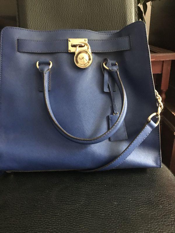 b5efa1969fc1 Michael Kors Hamilton Handbag for Sale in Chula Vista