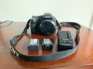 Sony Cybershot DSC-HX100V W/GPS CAMERA for Sale in Fairfax, VA