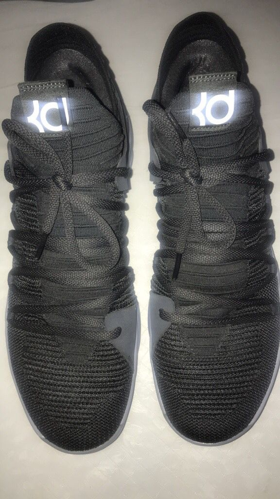 separation shoes 5a1ac 87dce KD 10 Nike Basketball shoes!! Perfect Condition size 13 (grey)
