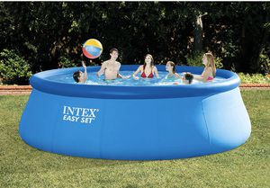 Photo New 15 by 48 Intex Inflatable Pool
