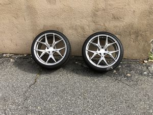 20 inch Rohana custom rims Brushed Titanium RFX5 20x9 5H114.3 ET35 CB73.1 this a complete set with tires. for Sale in Fort Washington, MD