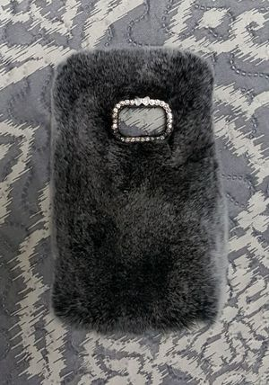 Fur/Rhinestone Samsung Galaxy S7 phone case blk/grey for Sale in Woodbridge, VA